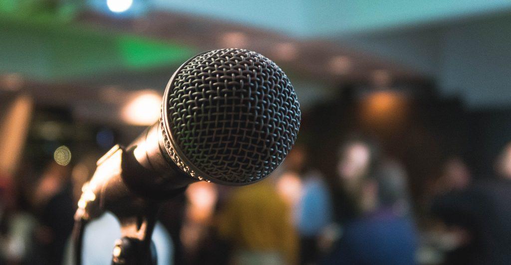 Pubblic peaking per presentare le proprie idee in modo vincente