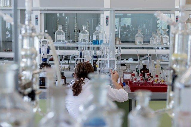 Forma-x ricerca un analista chimico