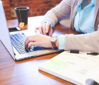 Forma-x ricerca un/una segretaria amministrativa.